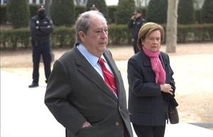 En la imagen Prenafeta junto a su mujer entrando en la Audiencia Nacional esta mañana