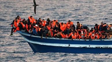 Les oenagés de rescat al Mediterrani neguen que col·laborin amb xarxes criminals