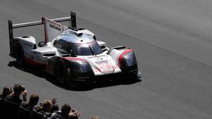 Victoria de Porsche en las 24 Horas de Le Mans.