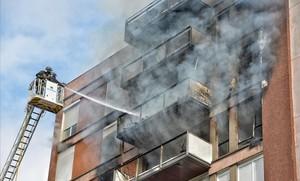 Incendio en piso calle Saragossa número132