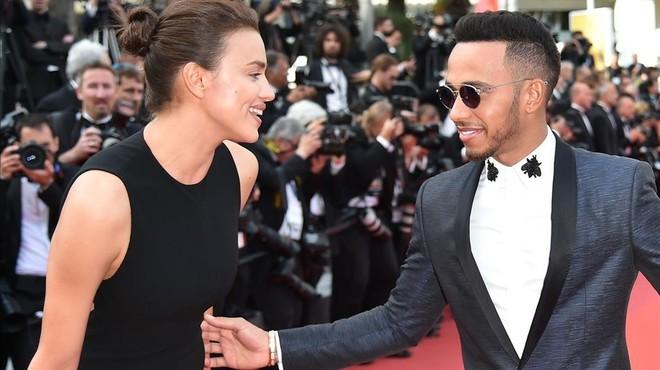 Irina Shayk, de la mà de Lewis Hamilton a Cannes