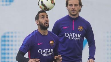 Barça: tancades les marxes de Montoya i Song