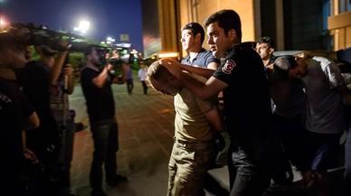 Un any de repressió a Turquia