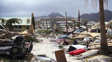 """Trump adverteix contra un huracà 'Irma' """"de dimensions èpiques"""""""