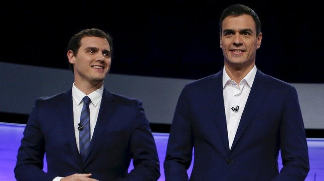 Sánchez y Rivera se reúnen y acuerdan mantener encuentros periódicos