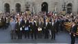 Els ajuntaments catalans fan pinya per demanar la consulta