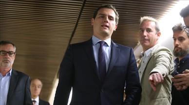 Rivera afea al Gobierno los cortes en Catalunya por la huelga general