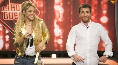 Shakira, anoche, en varios momentos del programa 'El hormiguero', que dirige y presenta Pablo Motos.