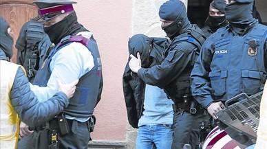 La novia de uno de los yihadistas de Catalunya quería captar a sus primas de Badajoz