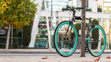 Arriba a Espanya la bicicleta amb candau antirobatori incorporat