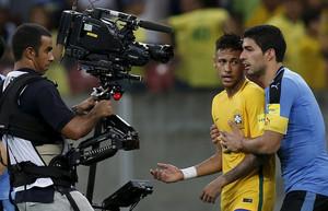 Luis Suarez y Neymar, en el Brasil-Uruguay de las eliminatorias del Mundial-2018