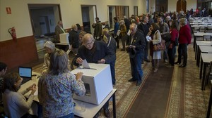 zentauroepp27801335 barcelona 09 11 2014 dia d el nou 9 n votantes depos170922181209