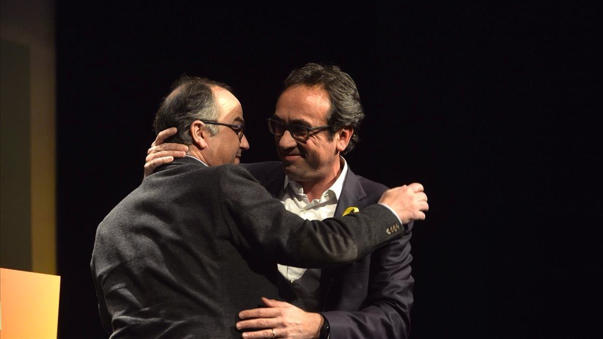 Josep Rull (derecha) y Jordi Turull, estse martes, el día después de su salida de prisión, en Reus.