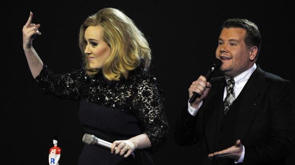 Adele triomfa en els premis Brit del pop britànic