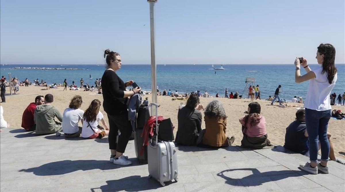 Barceloneta: ¿Dónde están las pancartas de 'Cap pis turístic'?
