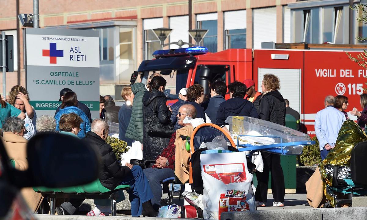 enfermos-evacuados-del-hospital-rieti-1477816841625.jpg?_ga=1.43046117.1991875827