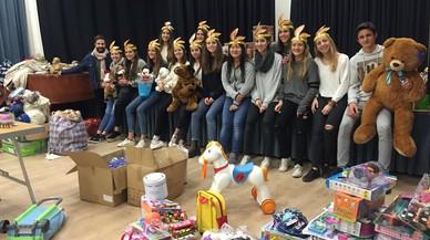 La campanya solidària d'Esplugues recull 1.600 joguines