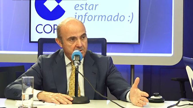 """Guindos afirma que el dèficit """"no va bé"""" i advoca per reformar l'impost de societats"""