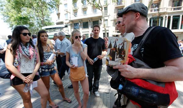 Nick Lloyd rescata el turismo de la guerra civil del olvido