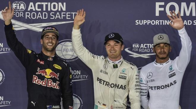 De Ricciardo, Rosberg y Hamilton, hoy en Singapur.