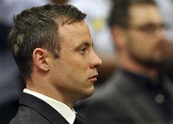 Oscar Pistorius escucha el veredicto, esta ma�ana.