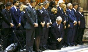Sevilla se postra otra vez en el adi�s a Cayetana