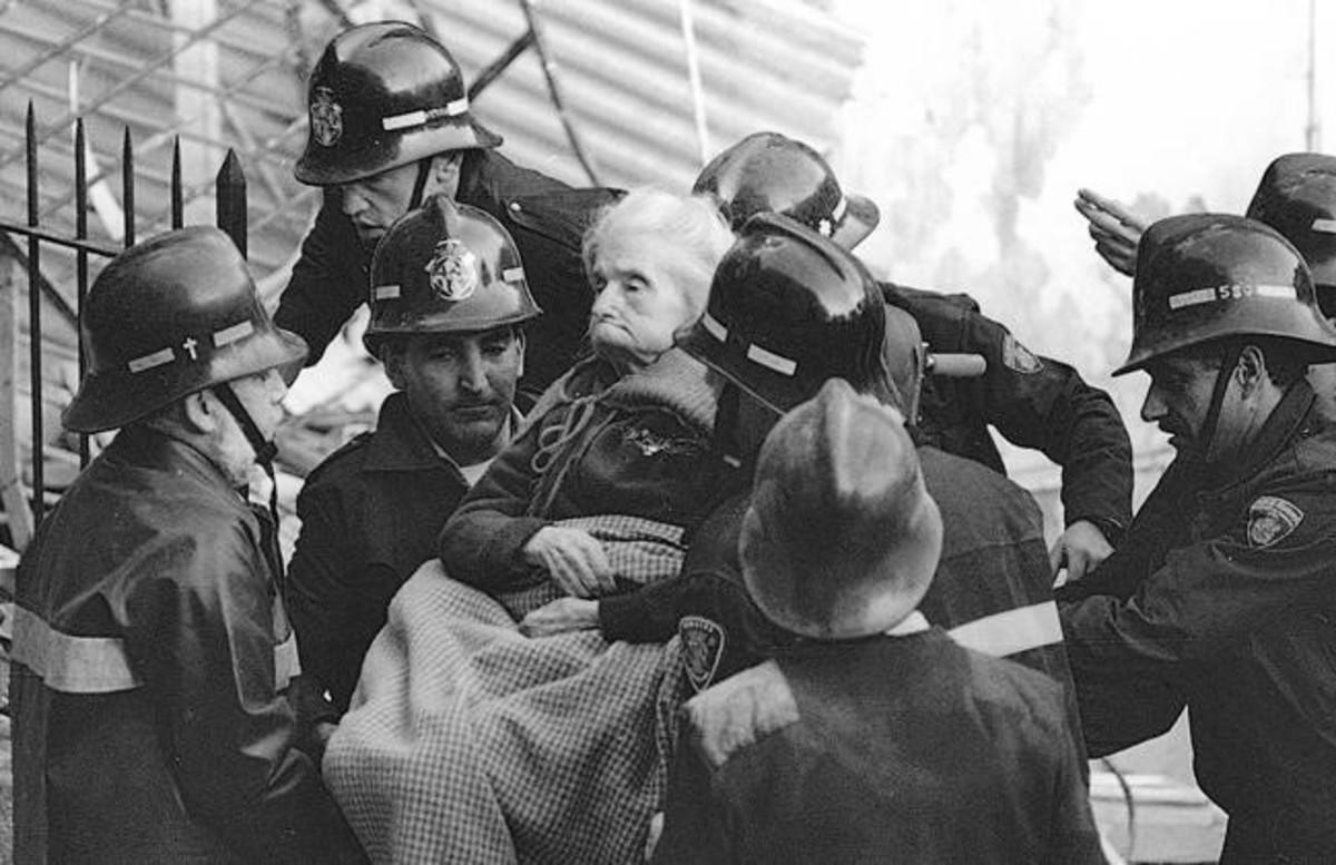 Josep Lluís Fernández, capellán de los bomberos.