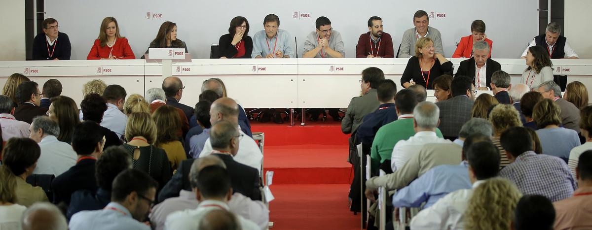 Les intervencions del comitè federal del PSOE que va aprovar l'abstenció
