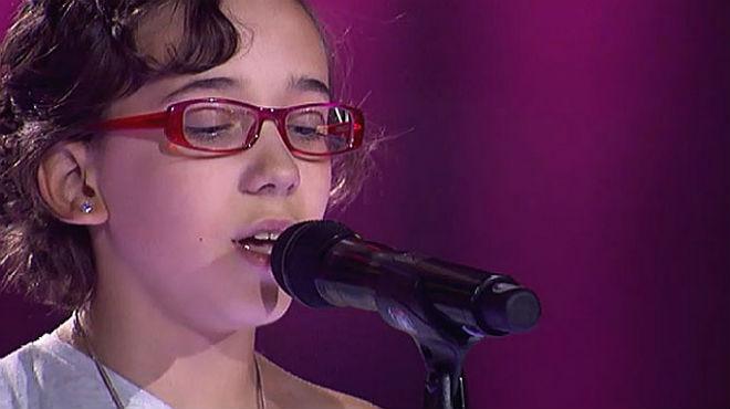 La actuaci�n de Iraila que la hizo entrar en 'La Voz Kids': los 'coaches' se giran mientras ella interpreta 'Diamonds' y las l�grimas no la dejan continuar