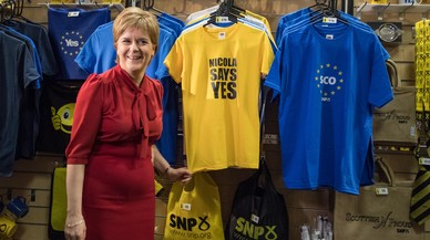 Sturgeon assegura que hi haurà referèndum d'independència a Escòcia si ho decideix el Parlament
