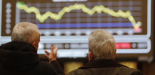 Aspecto de la Bolsa de Madrid, con el IBEX cayendo, en una imagen de diciembre del 2014.