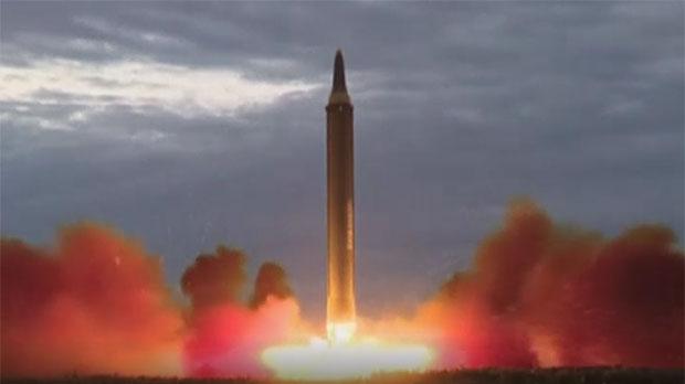 Seúl retira su oferta de diálogo a Pionyang tras su último misil