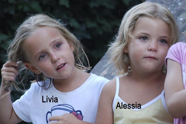 El padre de las gemelas suizas dejó escrito en una carta que mató a las niñas