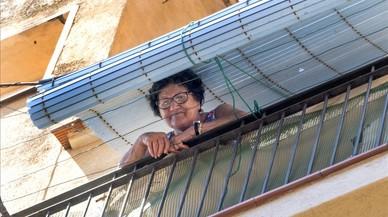 Concepci�n Aparicio, de 82 a�os, en el pisode laBarceloneta.