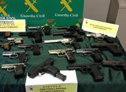Armas decomisadasen la operación internacional contra el tráfico de armas.