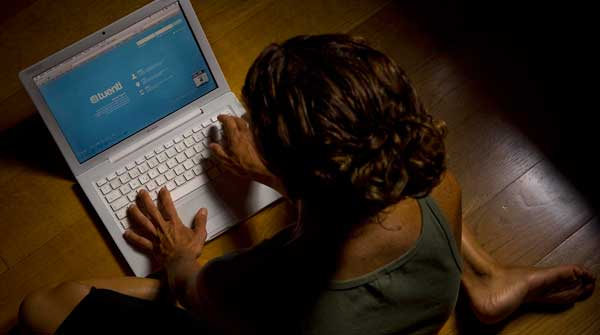 Un de cada tres menors internautes té dos o més perfils a les xarxes socials