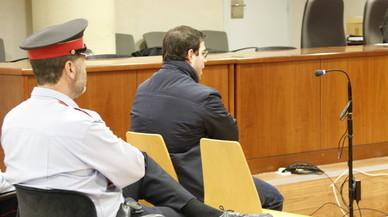 El acusado, durante el juicio celebrado en la Audiencia de Lleida.