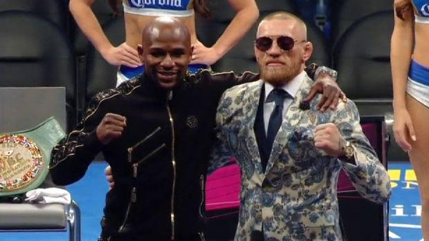 Mayweather noquea a McGregor en el combate del año