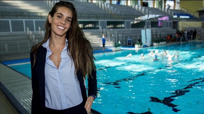 Ona Carbonell posa en su club, el Nataci� Sabadell.