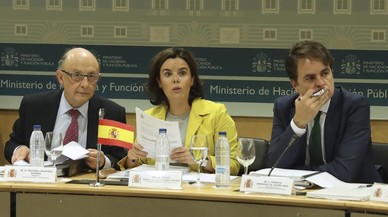 Montoro reuneix d'urgència les autonomies per elevar el seu objectiu de dèficit del 2018