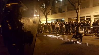 Violenta protesta de chinos en París después de que un policía matara a tiros a un compatriota
