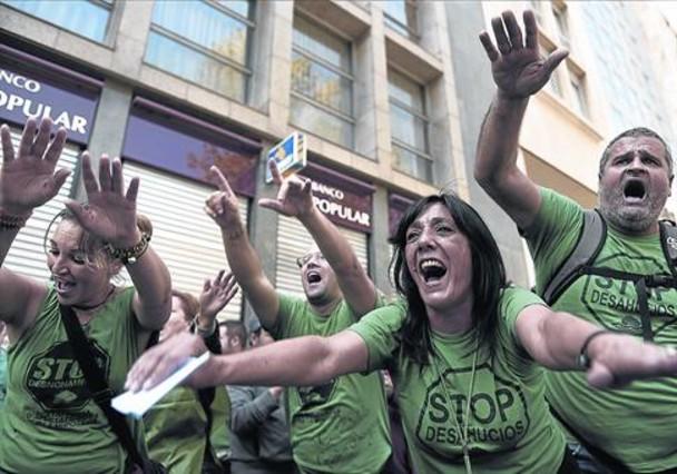 Bcn no logra el prometido censo de pisos vac os de los bancos for Oficinas banco popular barcelona
