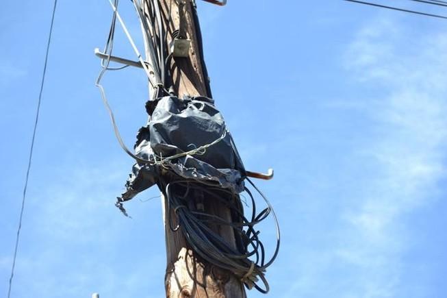 Un cajet�n cubierto con una bolsa de basura, en Segur de Calafell.