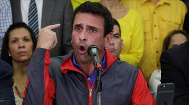 Capriles, en una rueda de prensa en Caracas, el 21 de octubre.
