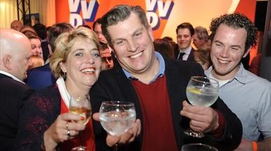 Holanda es felicita mentre la ultradreta segueix avançant