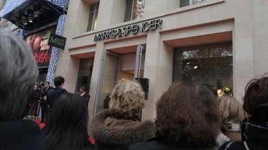Marks & Spencer despedirá a 2.100 trabajadores y saldrá de 10 países