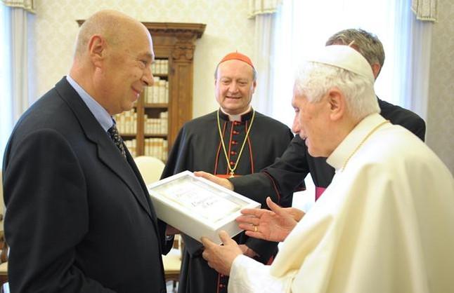 """Els Evangelis sobre Jesús són """"interpretacions"""" de """"fets reals"""", segons el Papa"""