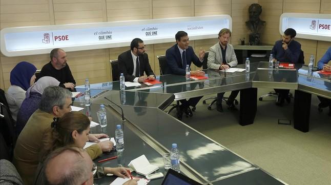 Pedro Sánchez apoya intervenir militarmente en Siria con aval internacional