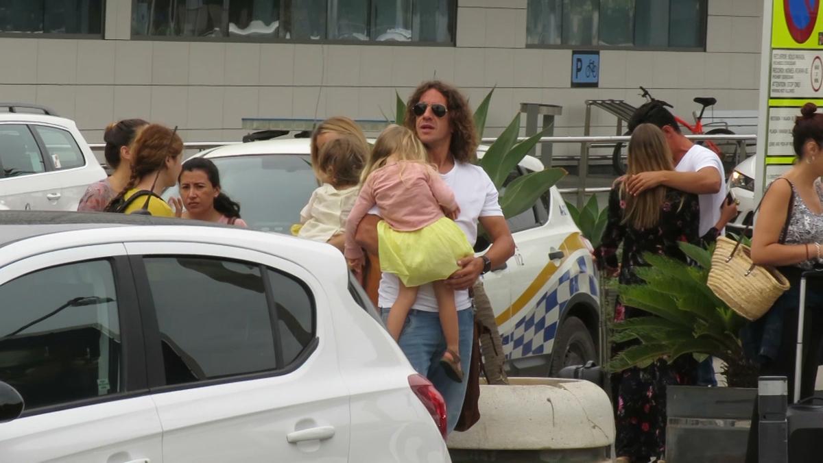Vanesa Lorenzo y Carles Puyol desembarcan en Ibiza
