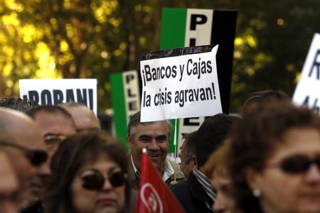 Manifestaci�n de trabajadores aut�nomos delante del Congreso de los Diputados. (AGUST�N CATAL�N)